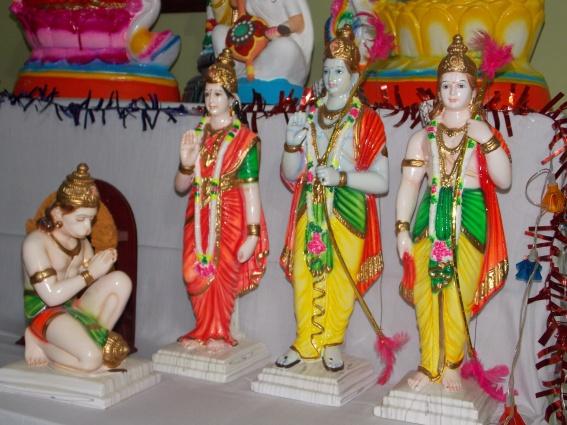 தாசரதி - மைதிலி, இலக்குமணன், சிறிய திருவடி